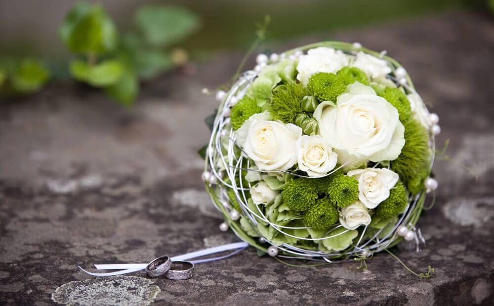 Pin Der Brautstrauss on Pinterest